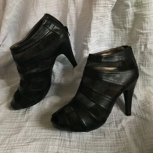 Shoes - Open Toe Black and Mesh Heels